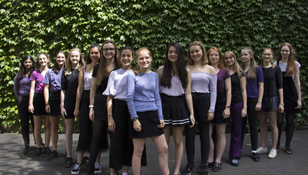 Raising awareness of a cappella singing to a wider audience and funds for local charity